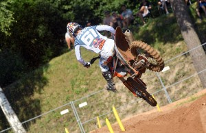 225_MX05_Prado_action
